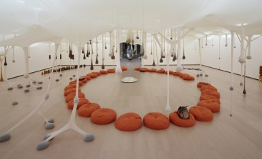 Ernesto Neto: The Body that Carries Me