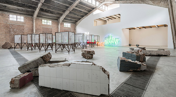 General view of Kader Attia solo show, Beginning of the world. Photograph by Oak Taylor-Smith, courtesy of the artist and Galleria Continua, San Gimignano / Beijing / Les Moulins. All rights reserved.