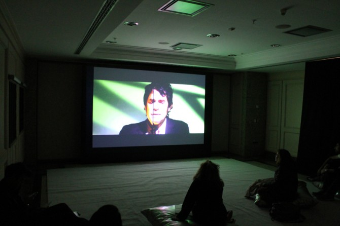 Sue de Beer / Marianne Boesky Gallery (New York, NY, USA). Image courtesy of Moving Image. Used here by kind permission. All rights reserved.