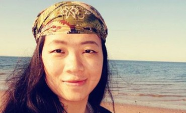 Performing Identities. A Conversation with Wenjue Zhang