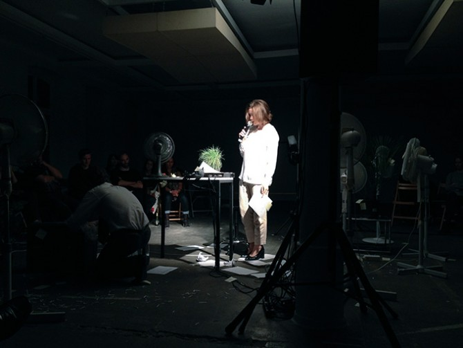 Hanne Lippard, reading for fans, Performative minute, KW, 2014. Photo by Joanna Szproch. Used here by kind permission from Moscow Biennale. All rights reserved.