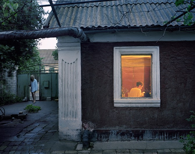 Simon Crofts, Expectations: Dacha © Simon Crofts and Kehrer Verlag Heidelberg Berlin, 2015. Used here by kind permission. All rights reserved.