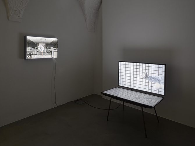 Herwig Turk, hands on, 2014. Two-channel video installation without sound, 06' 17'', approx. 120 x 120 x 90 cm. Courtesy Herwig Turk. Photo © Gebhard Sengmüller / Kira O' Reilly & Jennifer Willet, Refolding (Laboratory Architectures), 2010. Duratrans in a light box, 50 x 75 cm. Courtesy Kira O' Reilly & Jennifer Willet. Photo © Hugo Glendinning. Used here by kind permission from the artist. All rights reserved.