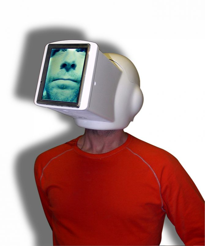 James Auger and Jimmy Loizeau, Interstitial Space Helmet, 2004. Image © Auger-Loizeau. Image provided by Karolina Kubala, project coordinator of the exhibition. Used here by kind permission. All rights reserved.