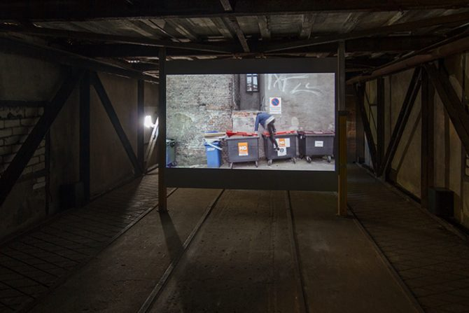 Jon Benjamin Tallerås, No alternate route, 2015. Video Installation, 7.15 min (loop). Photo: Johannes Säre/EKKM. Used here by kind permission from curator Jussi Koitela. All rights reserved.